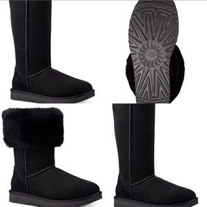 UGGs Classic II Tall Boots Black Size 8 LNWOT